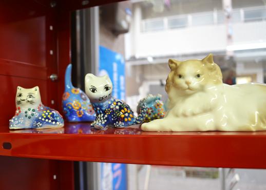 陶器の猫たち