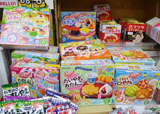 遊びながら学べると人気の知育菓子