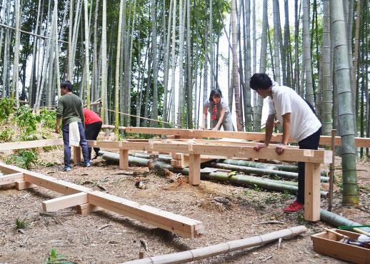 竹桟敷の土台