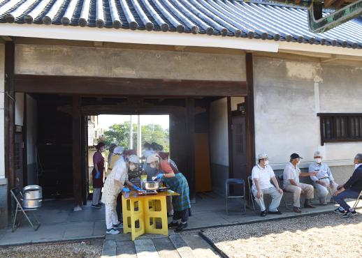 旧山田家住宅の長屋門